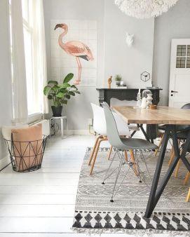 Painel decorativo de Flamingo em sala de jantar